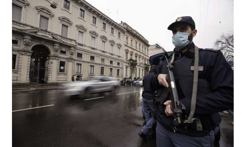 Italy enters Christmas lockdown limiting holiday travel