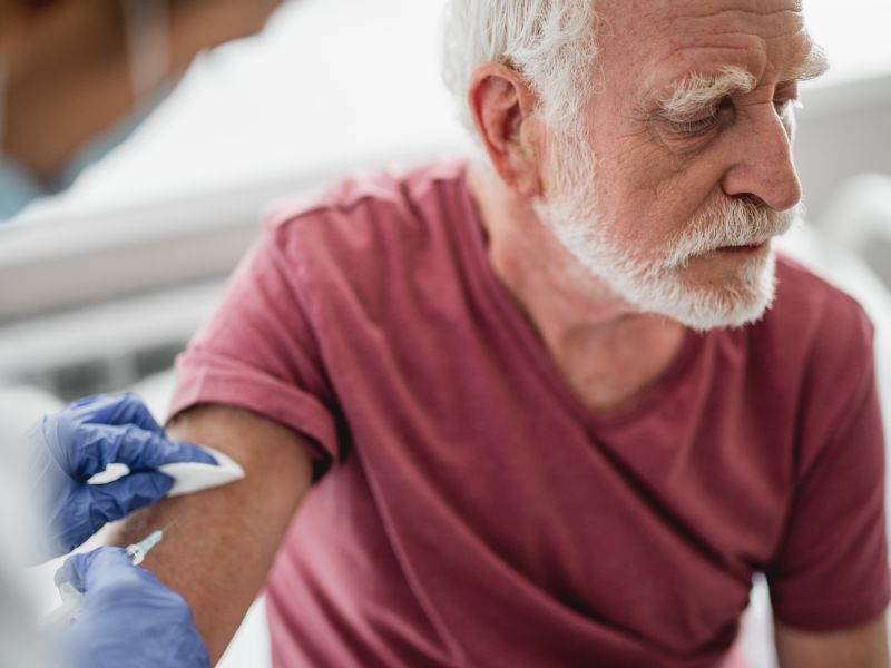 News Picture: High-Dose Flu Shot No Better for Heart Patients