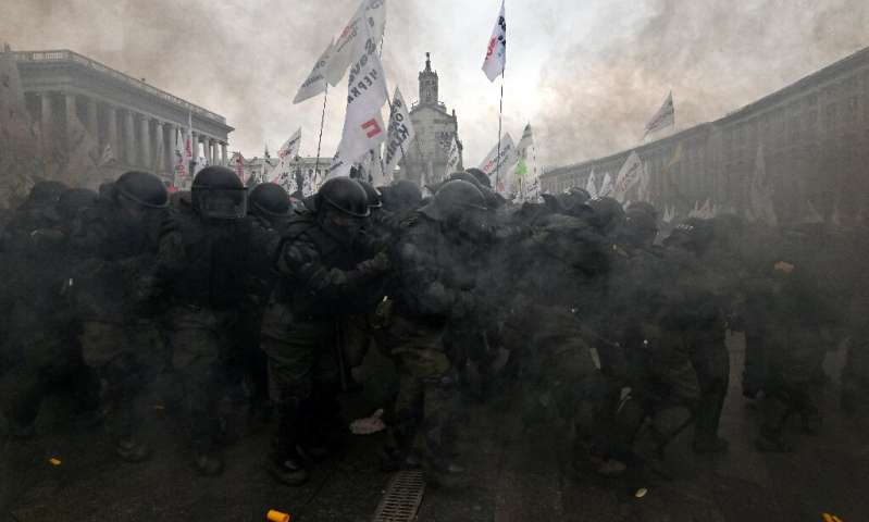 Police clashed with protesters in Kiev