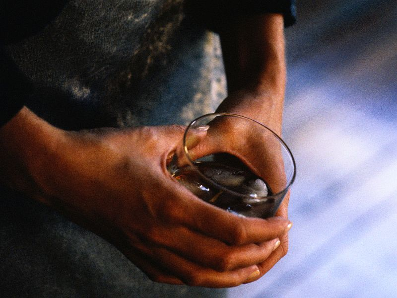 News Picture: Alcohol Plays Role in U.S. Cancer Cases, Deaths: Report