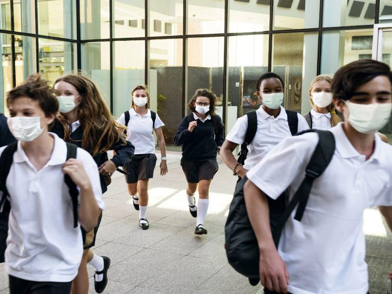 News Picture: Most High School Students Are OK With Wearing Masks: Survey