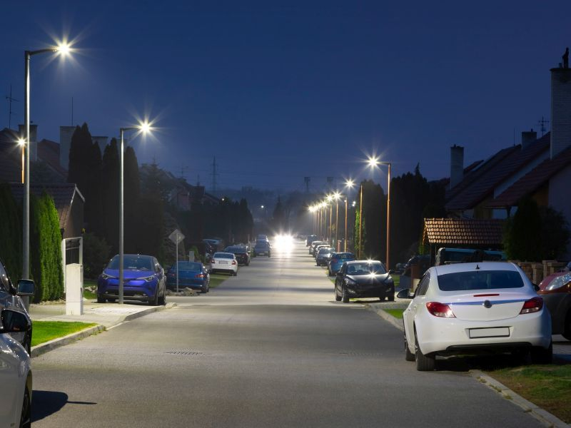 News Picture: Could Too Much Light at Night Raise Your Odds for Thyroid Cancer?