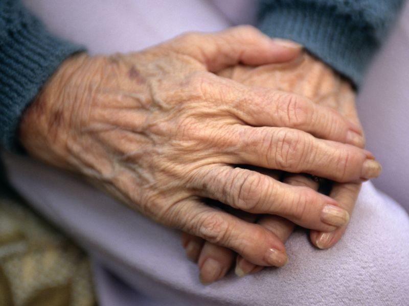 News Picture: COVID Cases, Deaths Plummet in Nursing Homes After Vaccine Rollout