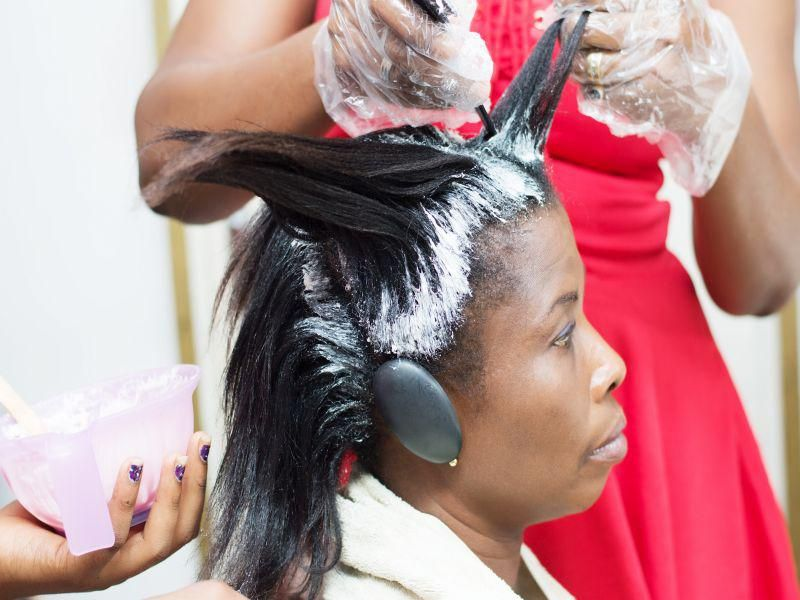 News Picture: Formaldehyde in Hair Straighteners Prompts FDA Warning